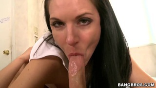 India Summer offers her pussy as a birthday present