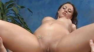 Masseuse gets astonished of pussy pounding action