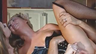 Keiran fucks pussies til they cum hard