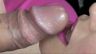 Close-up cum-eater